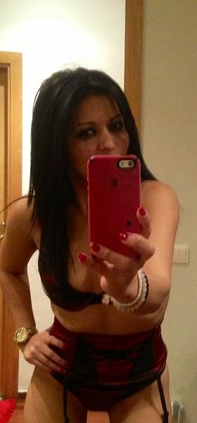 blogs/katy-kat/attachments/7907-me-muero-de-amor-por-mis-kaaaat-selfie-disponibilidad-de-lunes-sabado-image.jpg