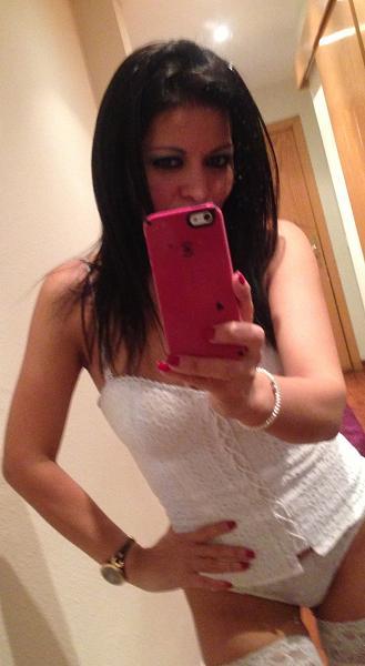 blogs/katy-kat/attachments/7911-me-muero-de-amor-por-mis-kaaaat-selfie-disponibilidad-de-lunes-sabado-image.jpg