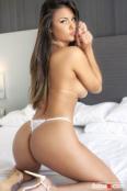 Bella y afectuosa brasileña sin tabúes.
