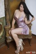 Recién llegada de Colombia me encanta el sexo y la fiesta.
